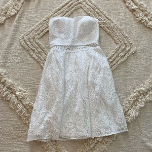 lilly pulitzer white lace sweetheart neck dress